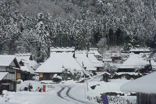 美山かやぶきの里 雪燈廊ツアー