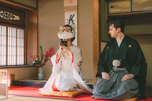 和装で行う茶婚式